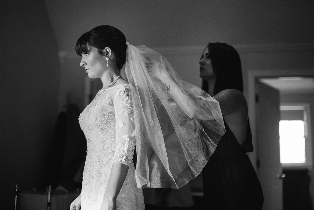 bride getting ready | Boston candid wedding photography