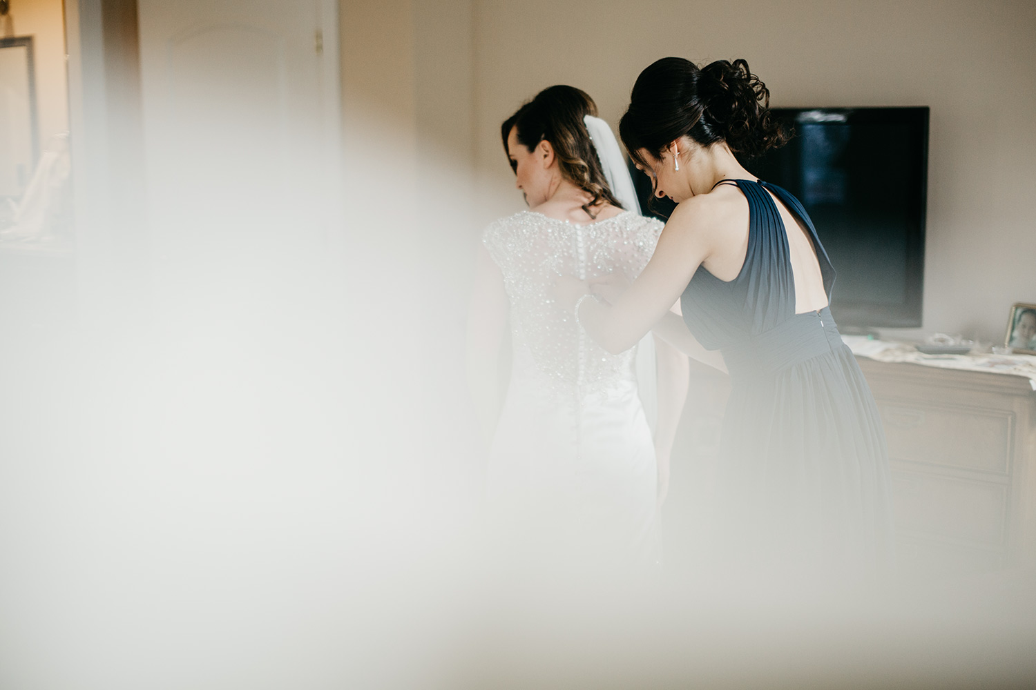 getting ready photography | boston documentary wedding photography