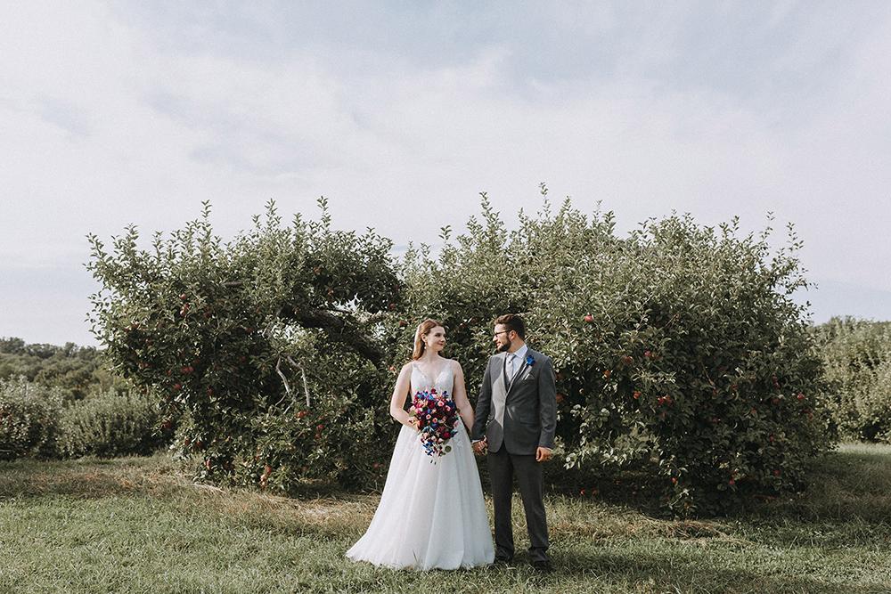 apple orchards wedding
