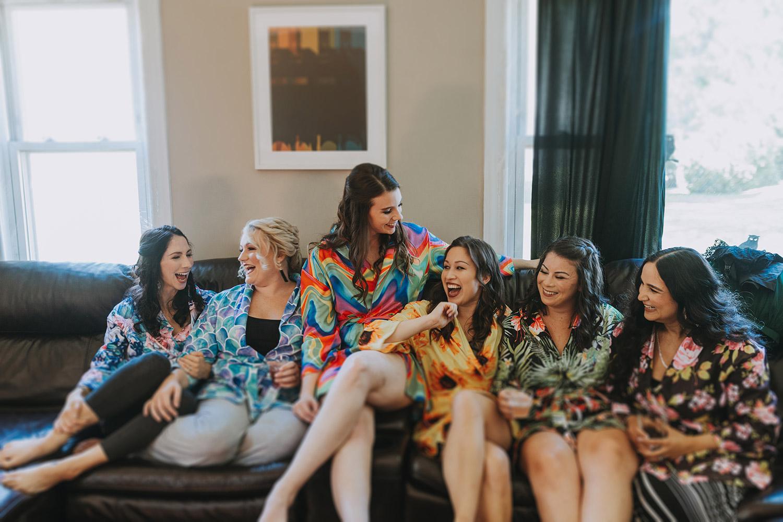 bridesmaids getting ready | boston backyard wedding | massachusetts wedding photographer